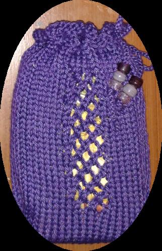 Diamond Pane Window Tarot Bag by Joy Vernon. Hand knit in Cascade Yarn Ultrapima, 100% pima cotton, in 3708 Regal, with glass crow beads.