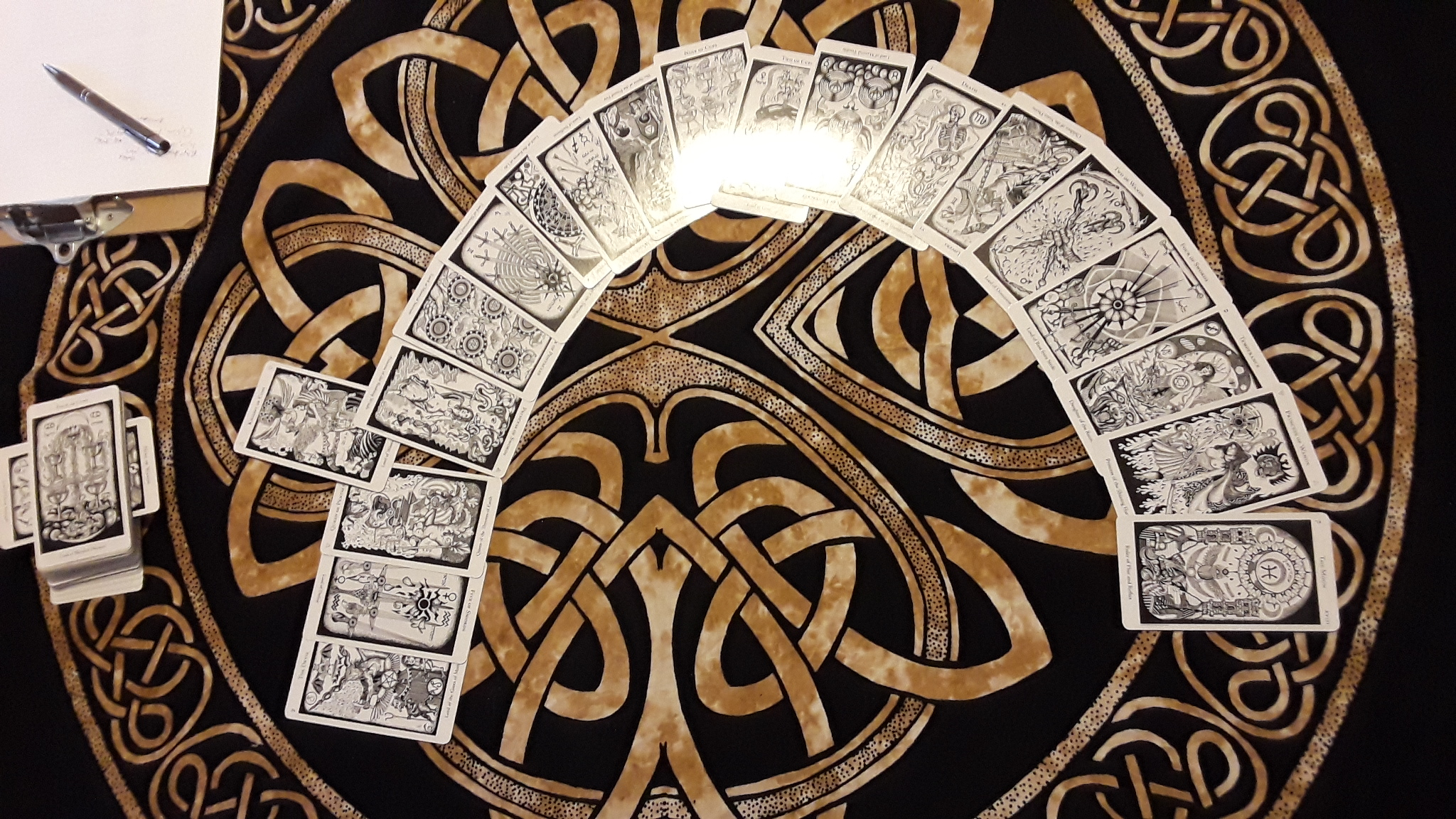 The esoteric correspondences of the black and white Hermetic Tarot offer helpful if odd tarot associations.